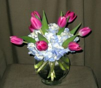 40 tulip bubble bowls with hydrangea 4-2011